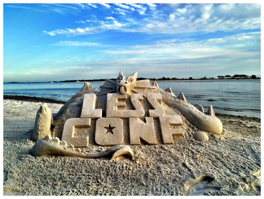 Lessconf-sand